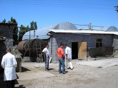 Внешний законченный вид биогазовой установки ОсОО Бекпр, Кыргызстан